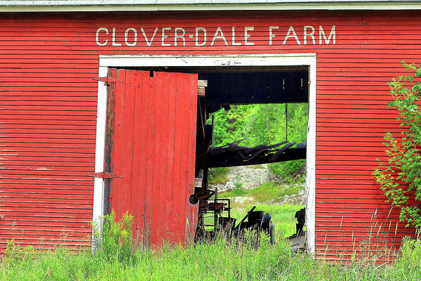 Photograph - Clover Dale Farm by Brian Pflanz