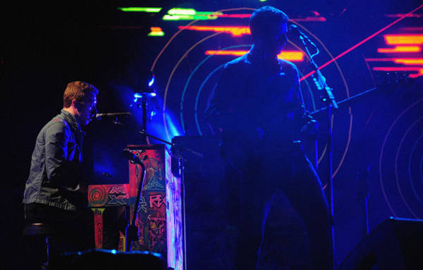 Coldplay Photograph - Coldplay2 by Rafa Rivas