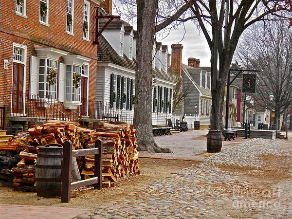 Williamsburg Photograph - Colonial Street Scene by E Robert Dee