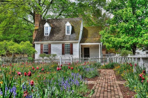 Shutter Photograph - Colonial Williamsburg Flower Garden by Todd Hostetter