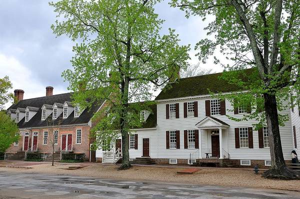 Colonial Williamsburg Photograph - Colonial Williamsburg House 5 by Todd Hostetter