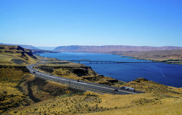 Summer Wall Art - Photograph - Columbia River by Ric Schafer