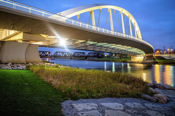 Photograph - Columbus Bridge - Main Street Over Scioto River by Gregory Ballos