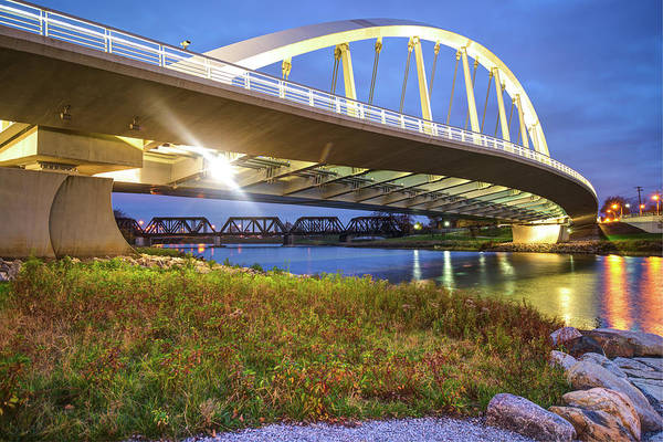 Photograph - Columbus Ohio - Main Street Bridge At Night by Gregory Ballos