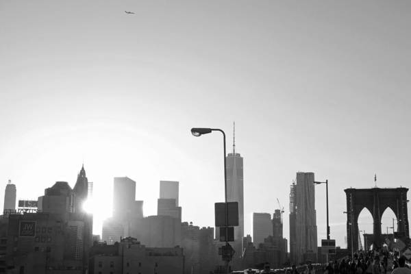 Photograph - Coming In For A Landing In New York City Black And White by Toby McGuire