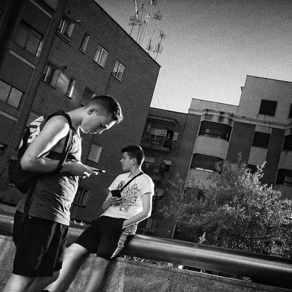 Wall Art - Photograph - Connecting People #boys #kids by Rafa Rivas