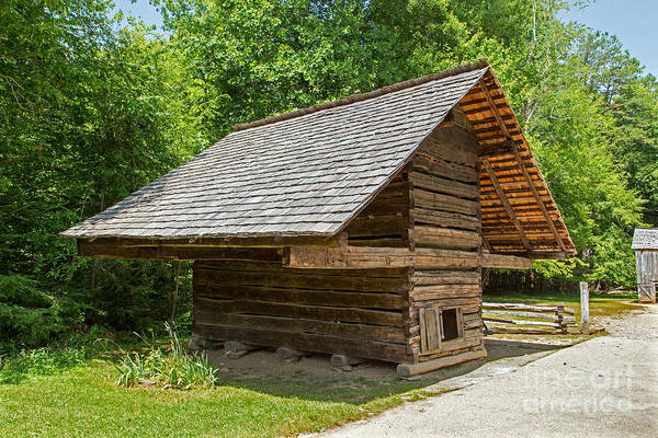 Photograph - Corn Crib by Fred Stearns
