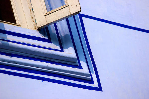 Wall Art - Photograph - Cornering The Blues by Prakash Ghai