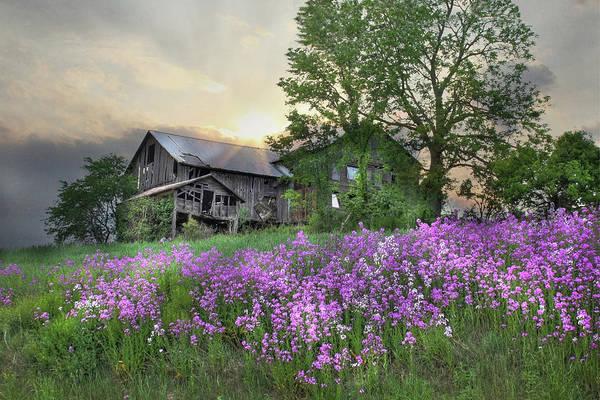 Pennsylvania Barn Photograph - Country Living by Lori Deiter