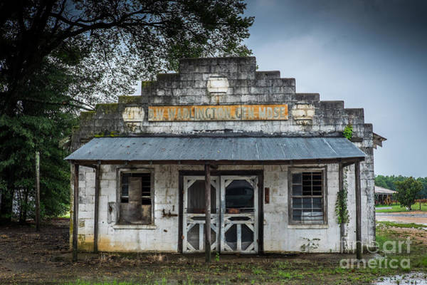 Photograph - Country Store In The Mississippi Delta by T Lowry Wilson