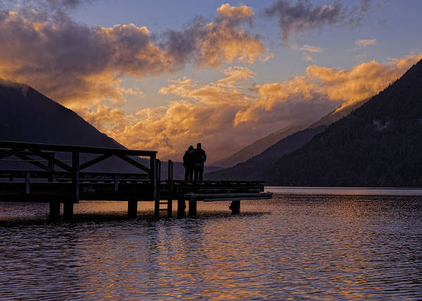Photograph - Couple At Sunset by Thomas Hall