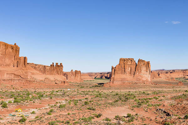 Photograph - Courthouse Towers And The Three Gossips. by Jim Thompson