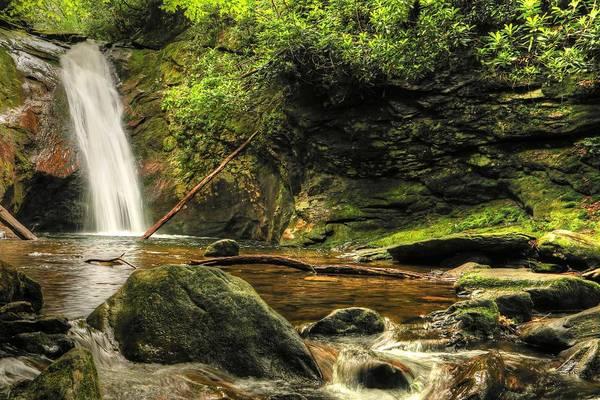 Photograph - Courthouse Waterfall by Carol Montoya