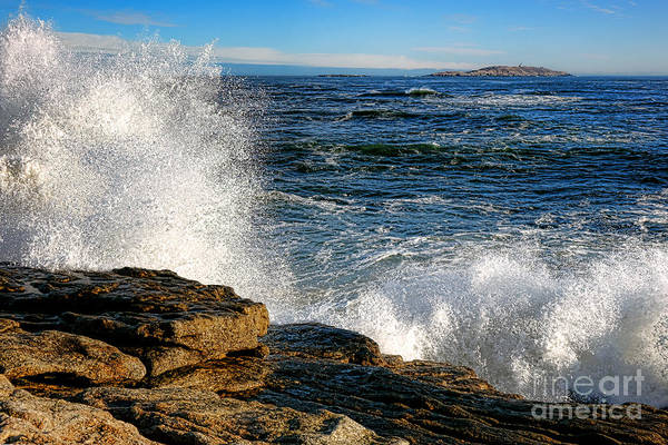 Photograph - Crashing Waves On Fox Island by Olivier Le Queinec