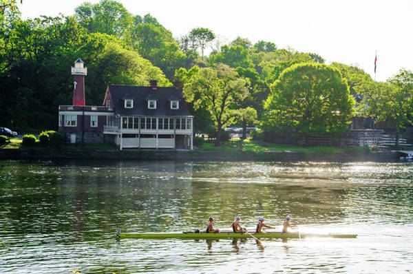 Photograph - Crew On The Schuylkill by Bill Cannon