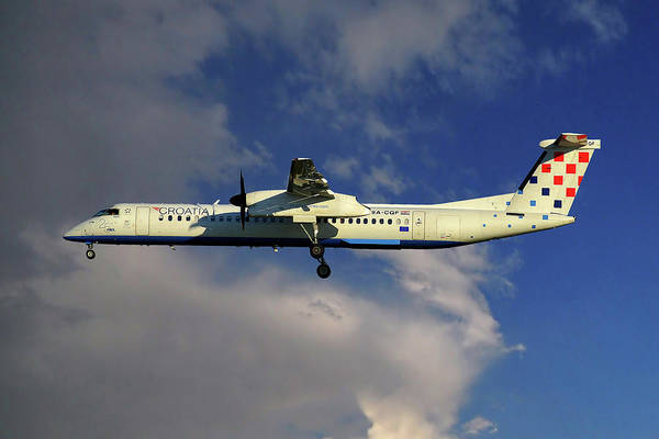 8 Wall Art - Photograph - Croatia Airlines Bombardier Dash 8 Q400 by Smart Aviation