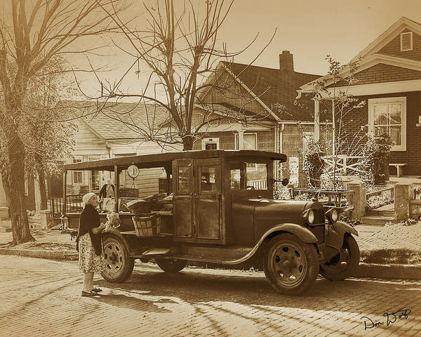 Old Truck Photograph - Croatian Huckster by Don Wolf