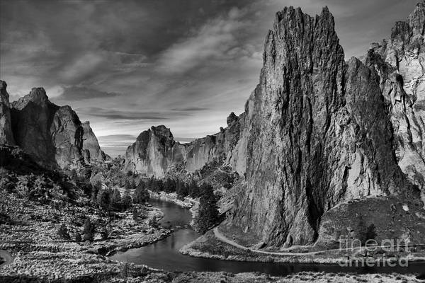 Crooked River Black And White Art Print