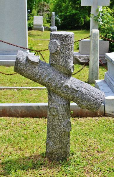 Photograph - Cross Of Nance by Cynthia Guinn