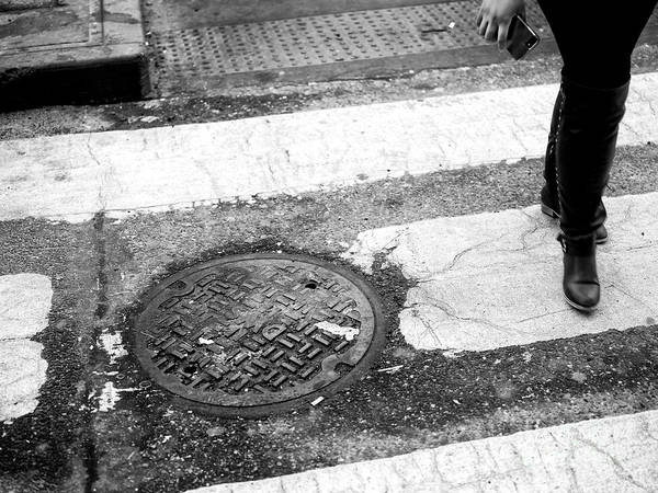 Photograph - Crossings Phone In Hand New York City by John Rizzuto