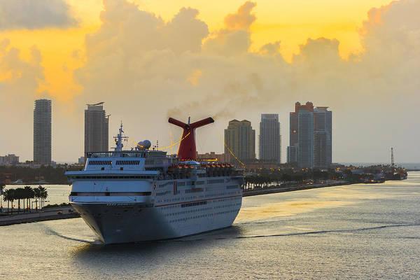 Photograph - Cruising Into Miami by Ed Gleichman