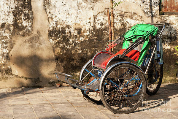 Photograph - Cyclo 01 by Rick Piper Photography