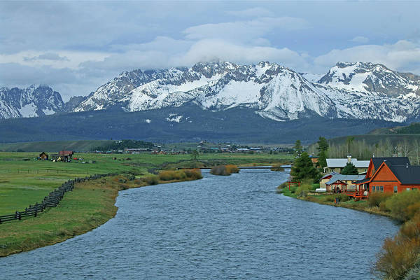 Photograph - D07342 Sawtooth Range And Salmon River Near Stanley by Ed Cooper Photography