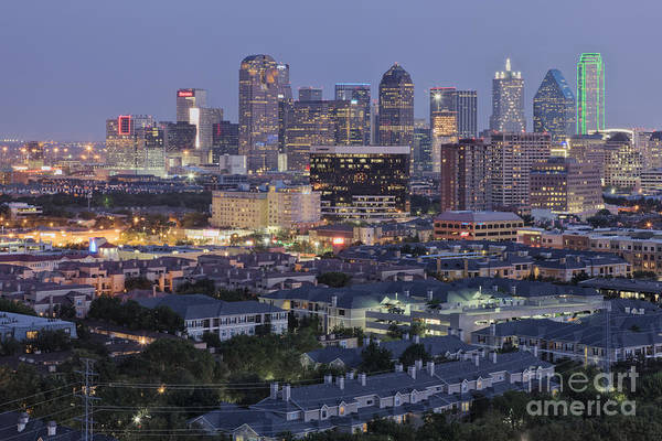 Wall Art - Photograph - Dallas Neighborhood In The Evening by Jeremy Woodhouse