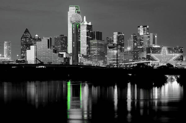 Photograph - Dallas Skyline Gr91217 by Rospotte Photography