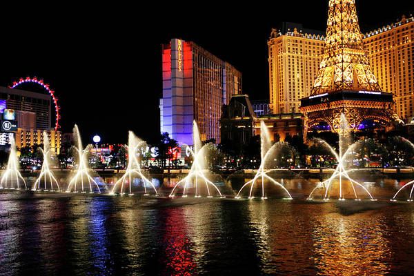 Photograph - Dancing Water Fountain Show by Marilyn Hunt