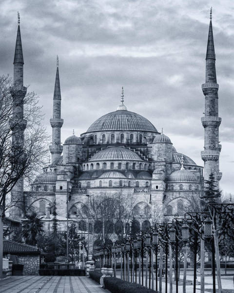 Muslim Photograph - Dawn At The Blue Mosque by Joan Carroll