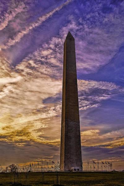 Photograph - Daybreak At The Washington Monument by Nick Zelinsky