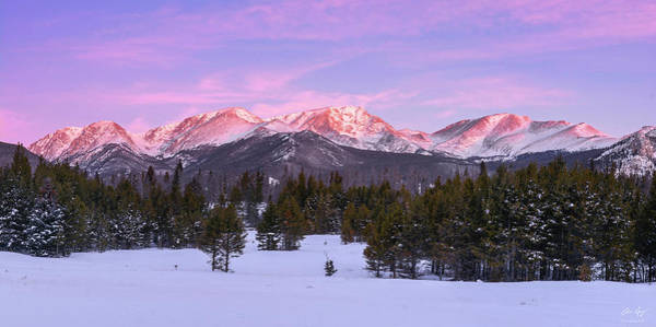 Photograph - Dawn On The Mummy Range by Aaron Spong