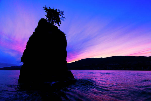 West Vancouver Wall Art - Photograph - Daylight's Last Gasp by Stephen Stookey