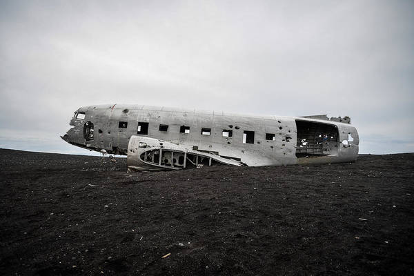 Dc-3 Wreck On The Solheimasandur Art Print