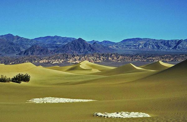 Photograph - Death Valley by Juergen Weiss