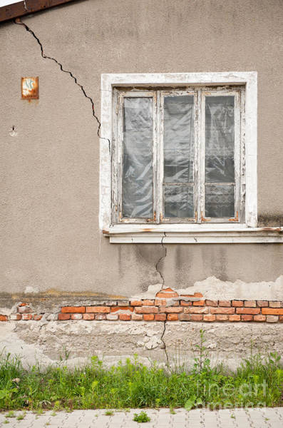 Wall Art - Photograph - Decrepit House Cracked Wall by Arletta Cwalina