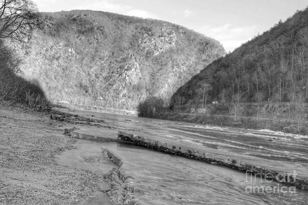 Photograph - Delaware Water Gap In Winter by Christopher Lotito