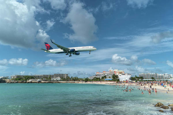 Delta Air Lines Wall Art - Photograph - Delta 757 Landing At St. Maarten by David Gleeson