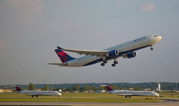 Delta Air Lines Wall Art - Photograph - Delta Airlines Jet N827nw Airbus A330-300 Atlanta Airplane Art by Reid Callaway