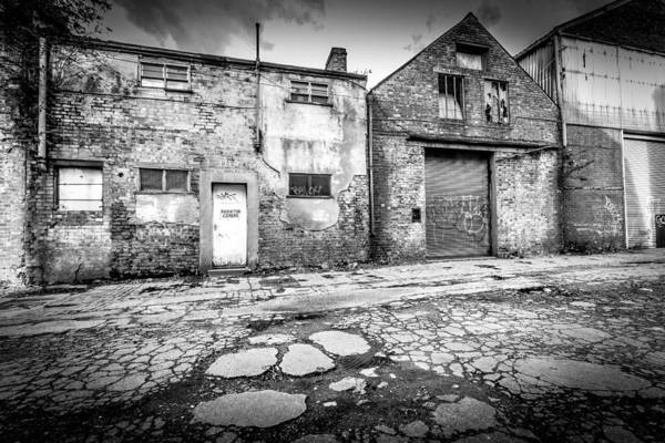 Photograph - Derelict Building by Gary Gillette