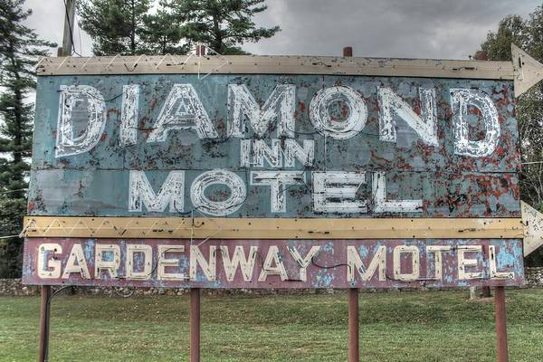 Wall Art - Photograph - Diamond Inn Motel Gardenway Motel Sign by Jane Linders