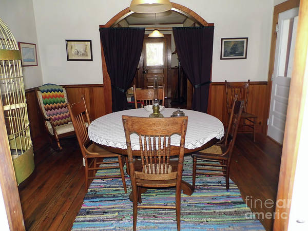 Photograph - Dining Room by D Hackett