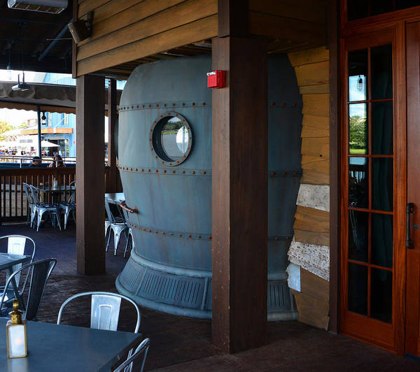 Diving Bell Photograph - Diving Bell Lounge Hb by David Lee Thompson