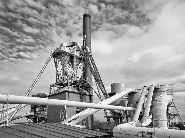 Photograph - Dixie Plant 1 Rooftop by Patrick M Lynch