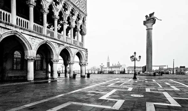 Photograph - Doge's Palace On Piazza San Marco At Dawn - Venice by Barry O Carroll