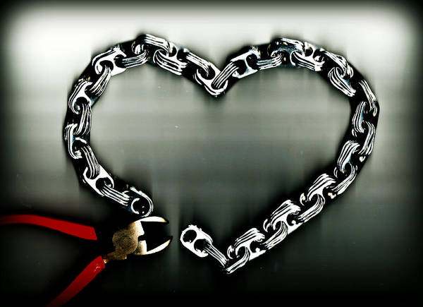 Tab Photograph - Don't Chain My Heart by Dolly Mohr