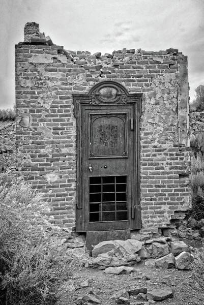 Photograph - Door To The Past In Bw by Lynn Bauer