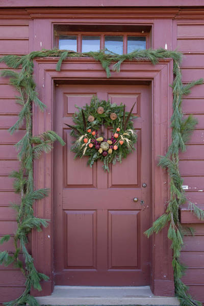 Historic Triangle Photograph - Doors Of Williamsburg 108 by Teresa Mucha