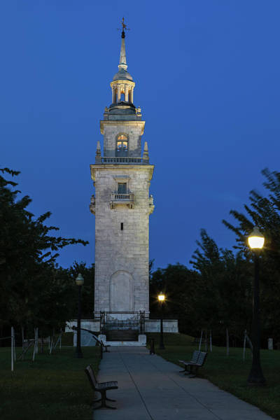 Photograph - Dorchester Heights Monument At Thomas Park In South Boston by Juergen Roth